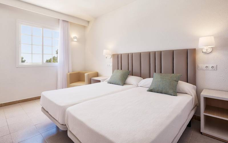Apartment 2 bedrooms hotel ilunion menorca cala galdana