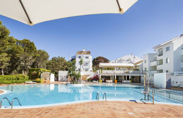 Long stay hotel ilunion menorca cala galdana